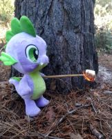 Spike vs. Marshmallow by TexasUberAlles