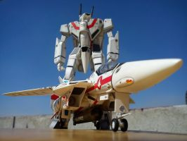 VF-1J Fighter and Battroid - Macross Robotech by brolyss4