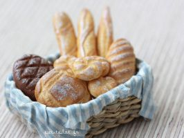 Bakery Basket 2 by PetitPlat