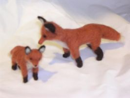 Red Fox Vixen and Cub - NF by foxy-yazoo