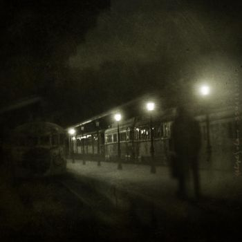 The Gloomy Passenger by IMAGENES-IMPERFECTAS