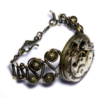 New steampunk Bracelet by CatherinetteRings