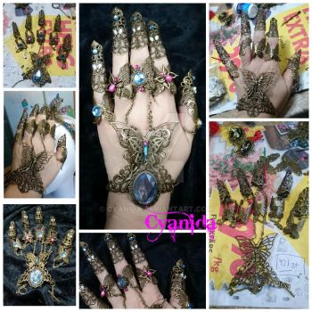 Metal nails with bling by Cyanida