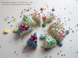 Polymer Clay Cake pies by DarkPartOfCarrot