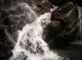 water fall by colouroo