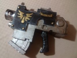 Blood Angels astartes scale Bolt Pistol by GetWhimsical