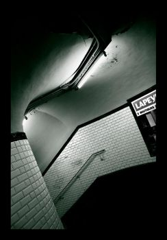 Paris Underground by sm00keh