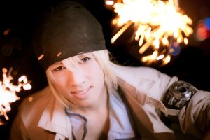 FFXIII Snow Villiers - Into the Light by AmenoKitarou