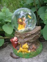 .:Lion King snowglobe:. by Wolvesforeva