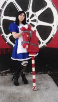 The Hobby Horse is a smashing hit - Alice Madness by LiryoVioleta