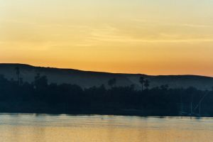 laid down sun on the Nile 2 by jolog