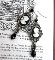 Black Victorian Earrings by Aranwen