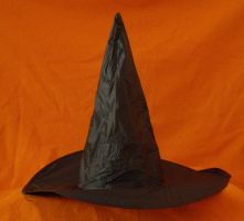 Hat of pointyness... by chop-stock