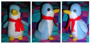 Penguin plushie by mysteriousmage