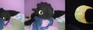 Giant Toothless plushie by Osa-Chi