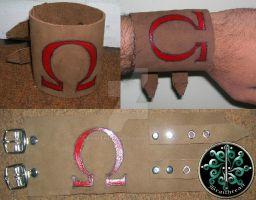 God of War leather cuff by braithrean