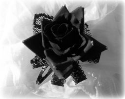 Goth Rose by gaiascully