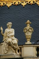 Statue on the roof 2 by Heurchon