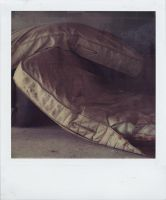 unmade beds by vaporiss