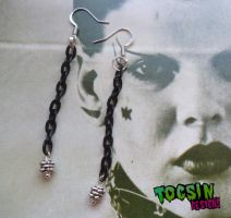 BLACK CHAIN EARRINGS by TocsinDesigns