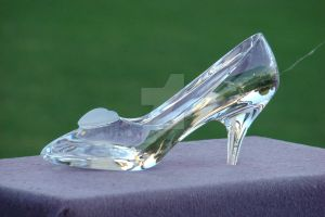 The Glass Slipper by Thanatos1011