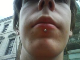 My new piercing by LividThor