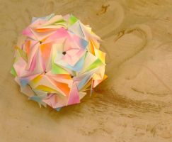 Twist Dodecahedron by Loucife