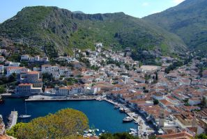 Harbour of Hydra by Videtis