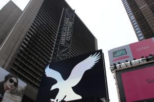 Giving Times Square The Bird by TheBuggynater