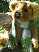Miniature Slytherin Scarf by Mechanical-Dragon