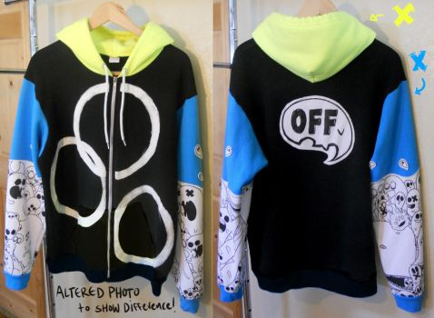 OFF Tri-Color Hoodie (ALTERATION) by DOXOPHILIA