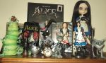 American Mcgee's Alice and Alice Madness Stuff by LiryoVioleta