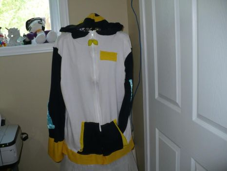 Vocaloid Rin Kagamine Hoodie by VickyJ