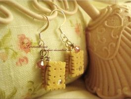 Strawberry Biscuit Earrings by Lanaleiss