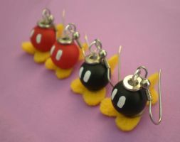 Bob-omb Earrings by Omonomopoeia