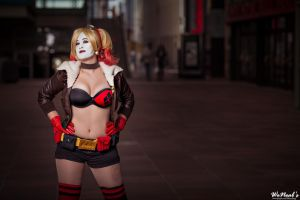 Bombshell Harley Quinn - by StephBot Cosplay by St3phBot
