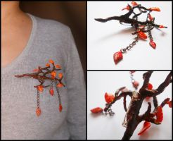 Autumn brooch by ALINAFMdotRO
