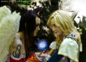 Lux and Ahri -League of Legends by Feoranna