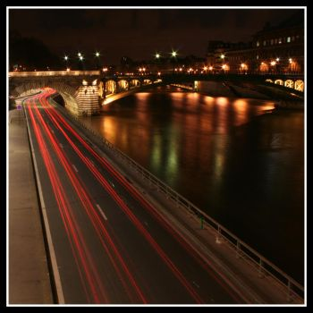 Paris by night, the second by Simounet