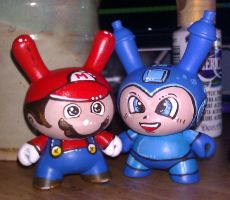Mario and Megaman Dunnies by marywinkler