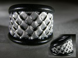 Black n Silver Scales Ring by redtailhawker