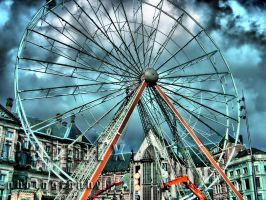 Ferris Wheel 2 HDR by Palmix