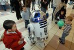 R2D2 Comes To Crossgates Mall in Albany, NY by KoraggRules