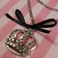 Queen Crown and Bow Necklace by FatallyFeminine