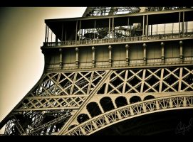 Eifel Tower by midwatch