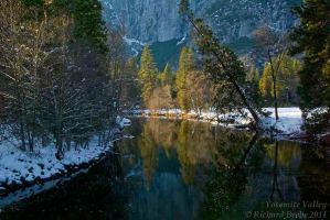Yosemite Valley 2011-1 by rbeebephoto
