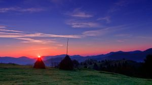 Sunrise over Bukovina by lica20