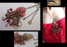 Octopus steampunk necklace by Rouages-et-Creations