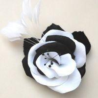 Black and White Rose by tracyholcomb