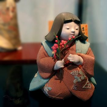 Japanese Doll by tsuky-san